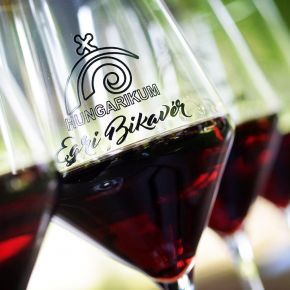 Idén is egri borokat ihatnak Cannes-ban a filmsztárok!