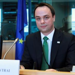 Szélessávról, párbeszédről, együttműködésről az EP-ben