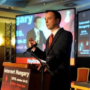 Digitális Magyarország: november 12-ig véleményezhető a vitairat