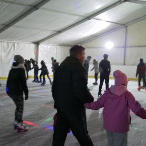 Megnyílt a jégpálya: folytatódó fejlesztések Füzesabonyban