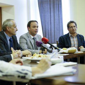Tárgyalások az egri kórházi dolgozói cafetéria kifizetéséről