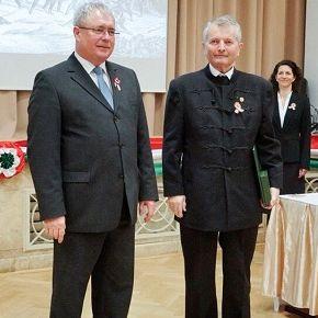 Thummerer Vilmos vehette át a Magyar Arany Érdemkeresztet