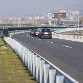 """Átadták az M25-ös út északi ütemét: """"Megígértük, megcsináljuk!"""""""